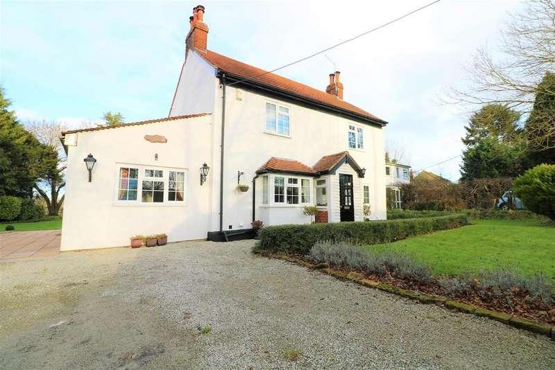 4 Bedrooms Detached House for sale in Horns Oak Road, Meopham, Gravesend