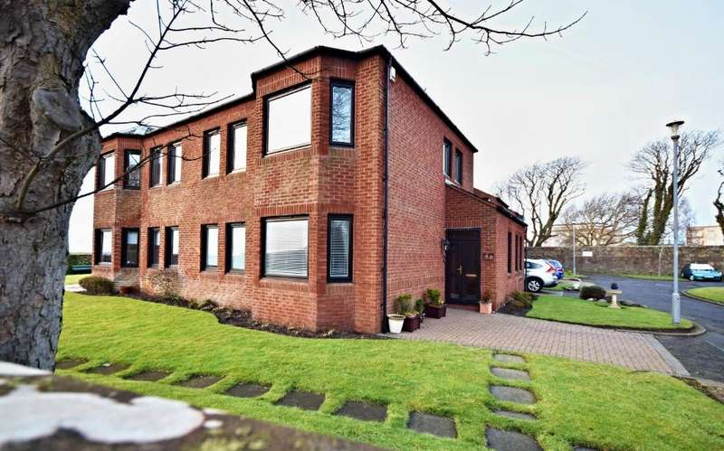 3 Bedrooms Semi-detached Villa House for sale in Savoy Park , Ayr , South Ayrshire , KA7 2XA