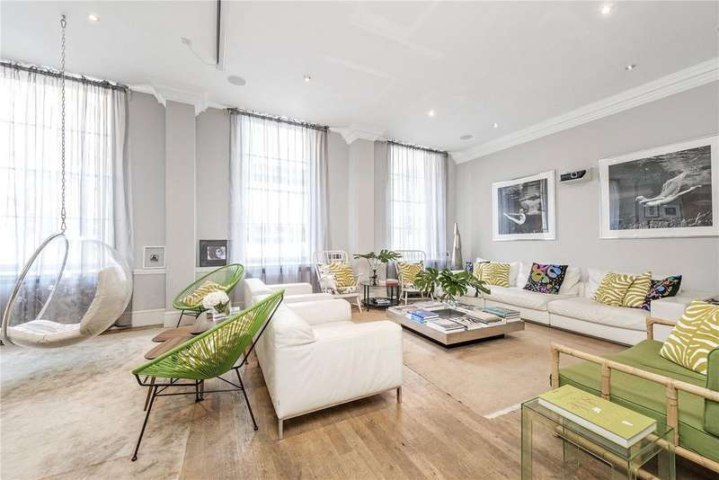 3 Bedrooms Maisonette Flat for sale in Queen Annes Gate, St James's, London