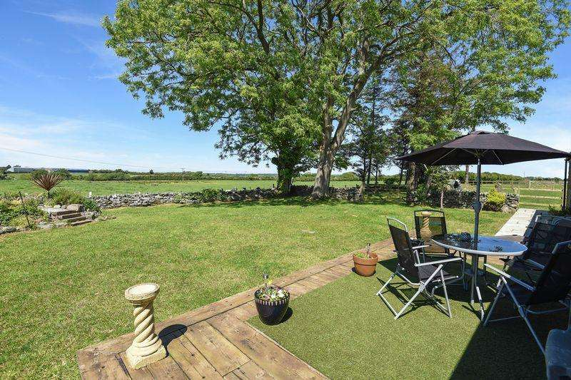 4 Bedrooms Cottage House for sale in Rhoscefnhir, Anglesey