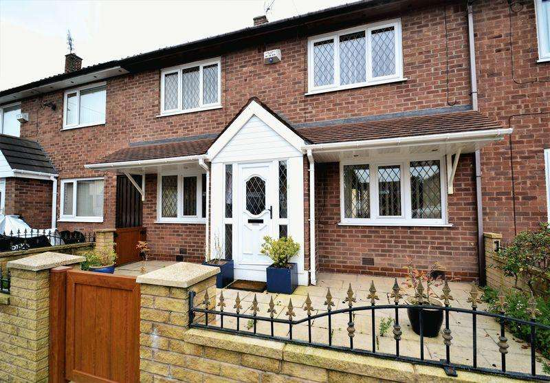 3 Bedrooms Terraced House for sale in Gibson Grove, Manchester