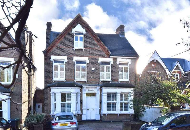 6 Bedrooms Detached House for sale in Honor Oak Park