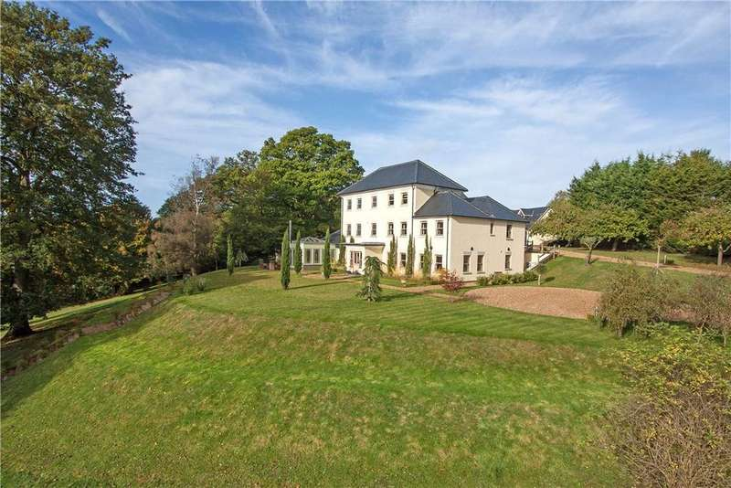 5 Bedrooms Detached House for sale in Picketts Hill, Headley, Hampshire, GU35
