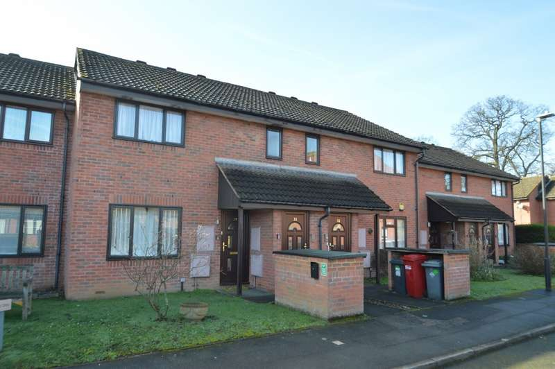 1 Bedroom Flat for sale in The Oaks, Kimberley Close, Langley, SL3
