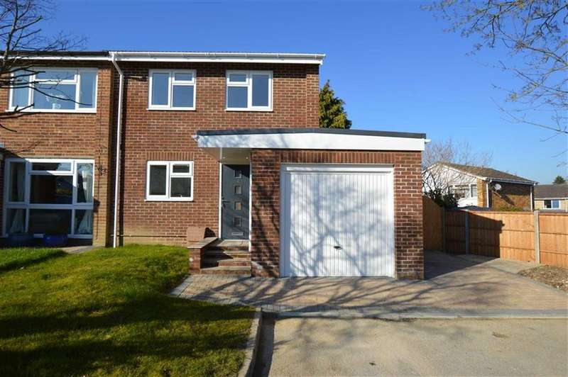 3 Bedrooms End Of Terrace House for sale in Shakespeare Close, Caversham, Reading