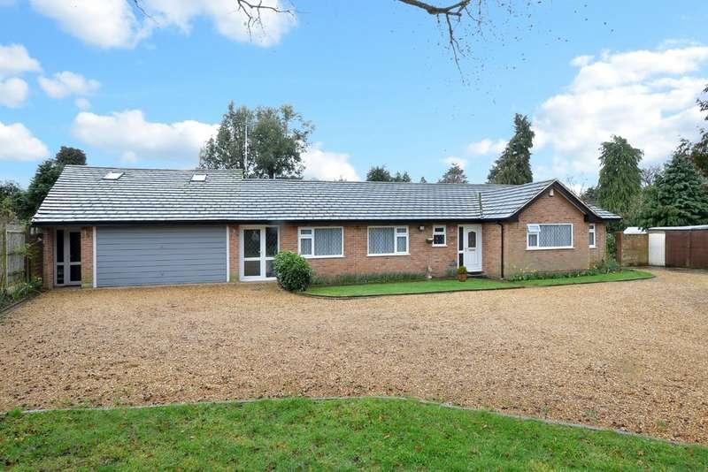 4 Bedrooms Property for sale in Ashdene Road, Ash GU12