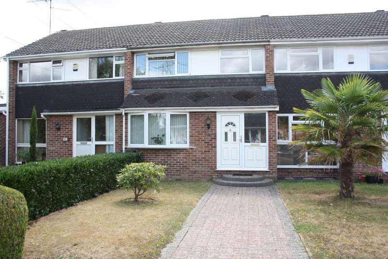 3 Bedrooms Terraced House for sale in Kingfisher Drive, Woodley, RG5