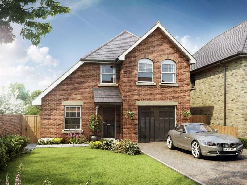 4 Bedrooms Detached House for sale in 73 Alumhurst Road, ALUM CHINE, Dorset