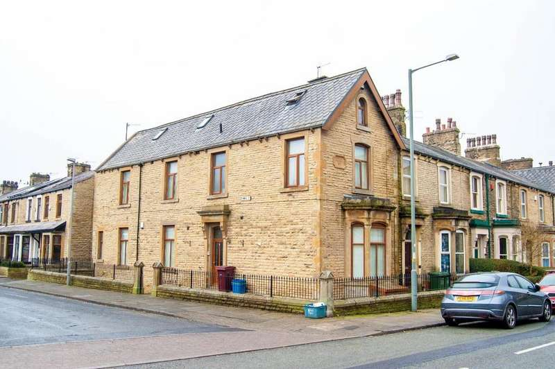 2 Bedrooms Apartment Flat for sale in Powell Street, Burnley