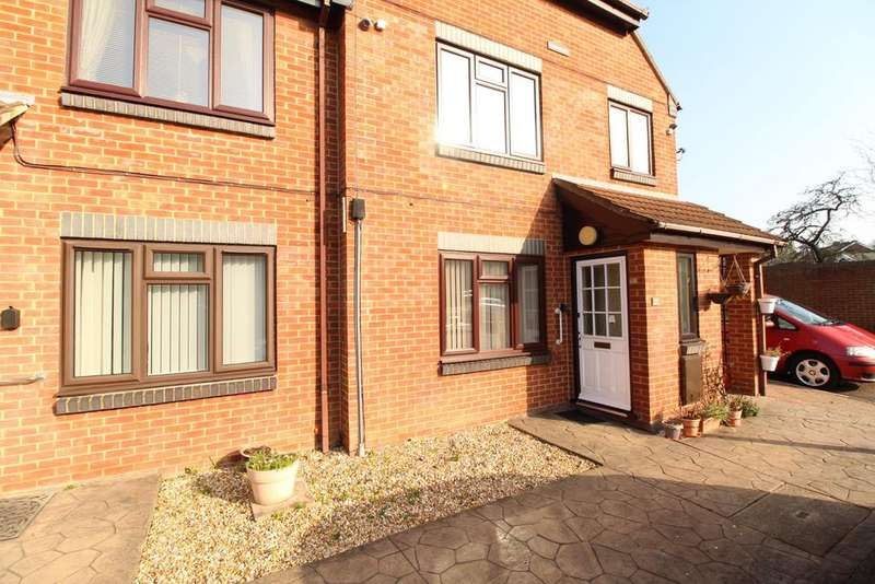 1 Bedroom Flat for sale in Southglade, Reading