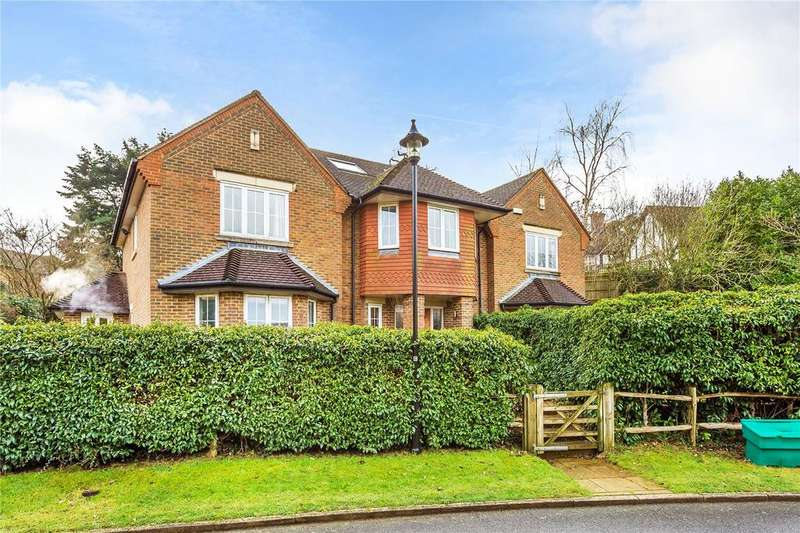 7 Bedrooms Detached House for sale in Brassey Hill, Limpsfield, Oxted, Surrey, RH8