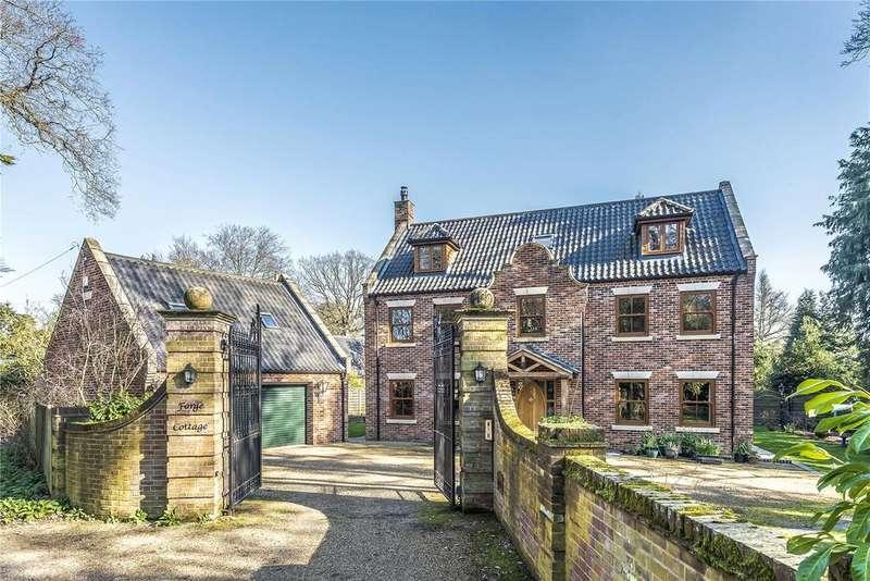5 Bedrooms Detached House for sale in Beech Road, Wroxham, Norfolk