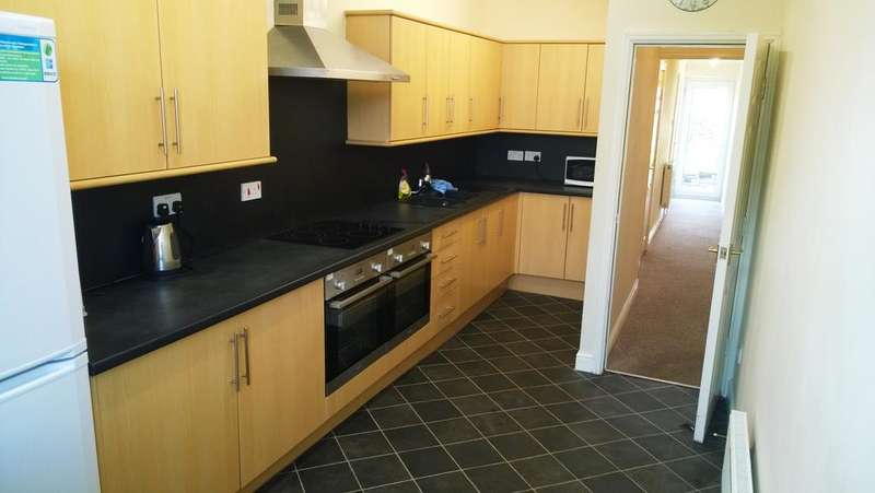 7 Bedrooms End Of Terrace House for rent in Slinn Street, Crookes, Sheffield S10