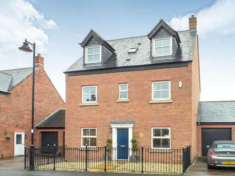 6 Bedrooms Detached House for rent in Barmoor Drive, Gosforth, Newcastle upon Tyne, Tyne and Wear, NE3 5RE