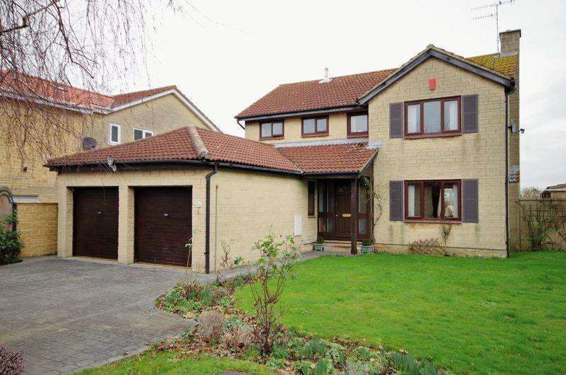 4 Bedrooms Detached House for sale in Home Farm Way, Easter Compton, Bristol