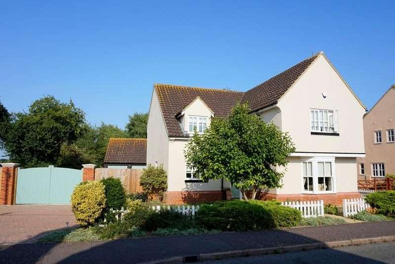 4 Bedrooms Detached House for sale in Woodgates Road, East Bergholt