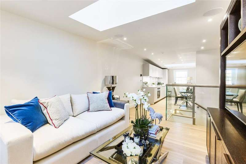 2 Bedrooms Penthouse Flat for sale in Strand Chambers, 226 Strand, WC2R