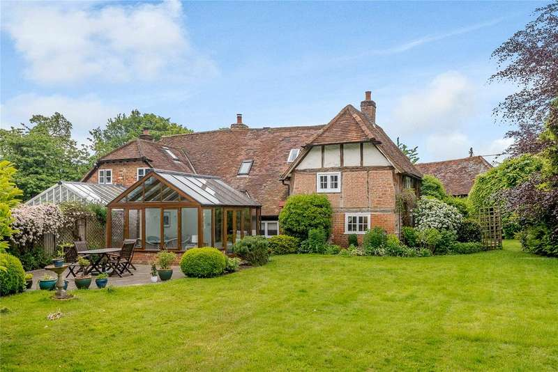 4 Bedrooms Unique Property for sale in Chartridge, Chesham, Buckinghamshire, HP5