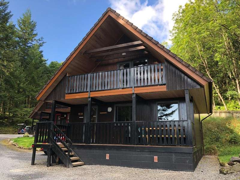 4 Bedrooms Chalet House for sale in Tayview Lodge, Loch Tay Highland Lodges, By Killin FK21 8TY