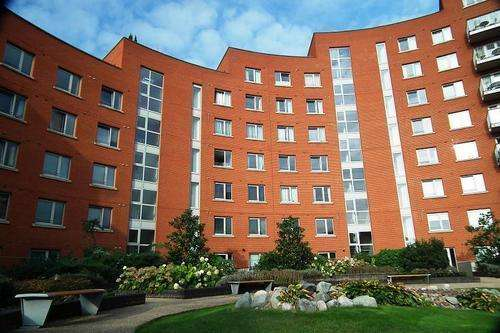 1 Bedroom Flat for sale in Garand Court, Eden Grove, Holloway, London, N7 8EW