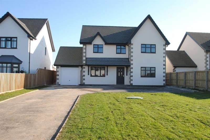 4 Bedrooms Detached House for sale in Southlands Drive, Langtree