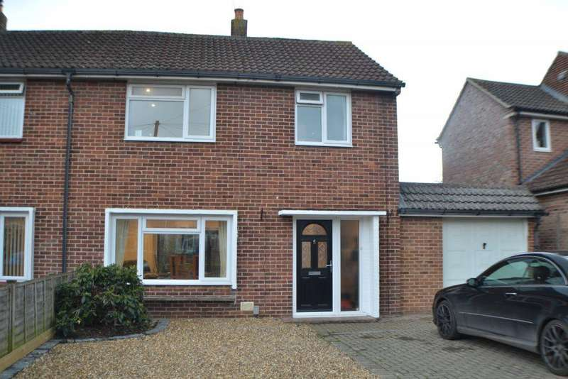 4 Bedrooms Semi Detached House for sale in Alexander Road Thatcham