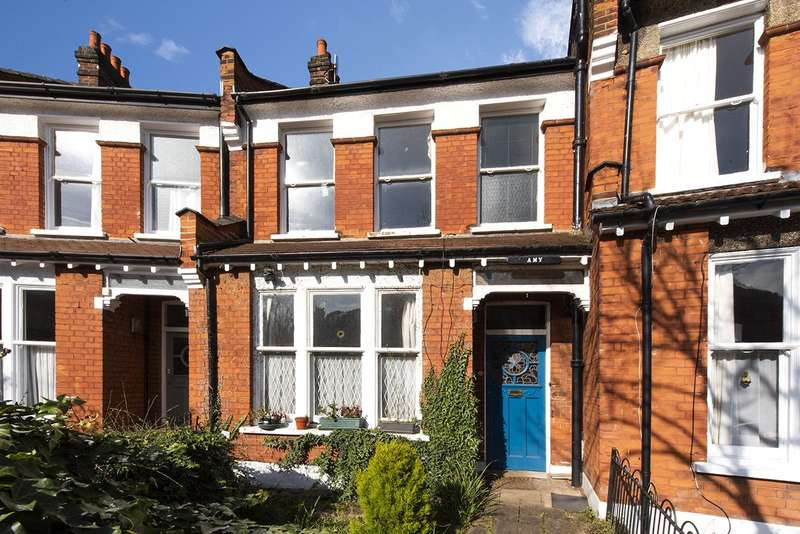 3 Bedrooms Terraced House for sale in Chestnut Avenue, Crouch End, London, N8
