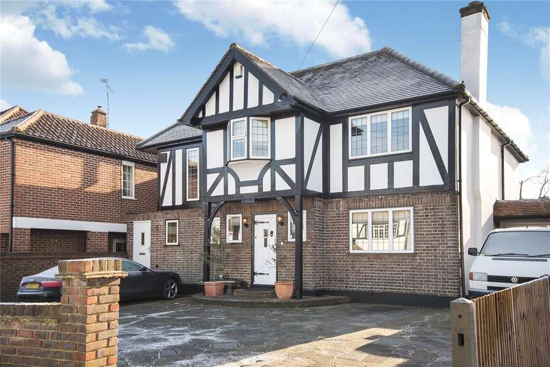 6 Bedrooms Detached House for sale in Old Hatch Manor, Ruislip, Middlesex, HA4