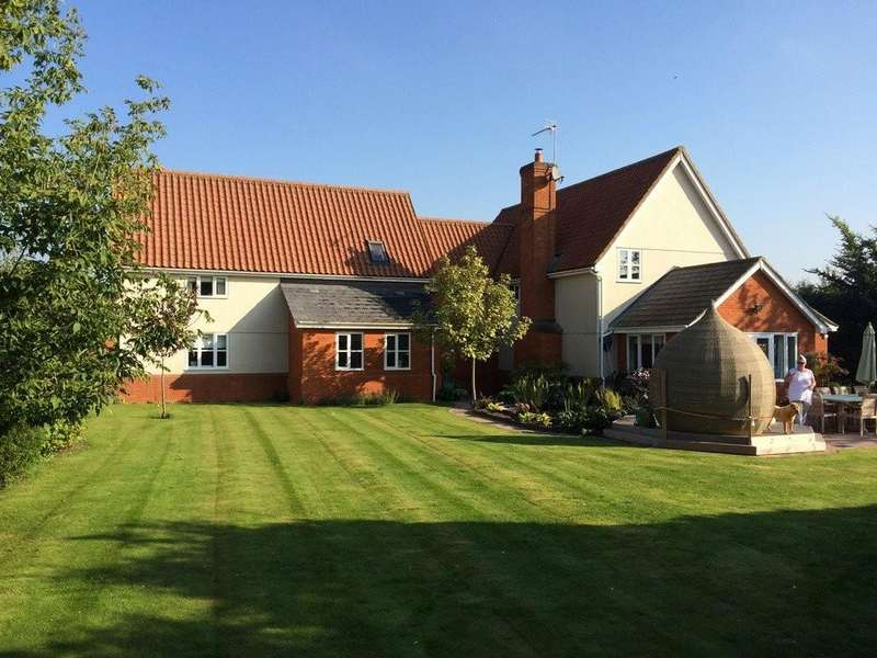5 Bedrooms Detached House for sale in Langton Park, Eye