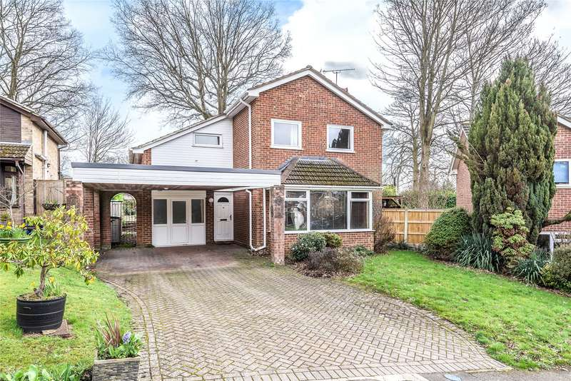 4 Bedrooms Detached House for sale in Dale Gardens, Sandhurst, Berkshire, GU47