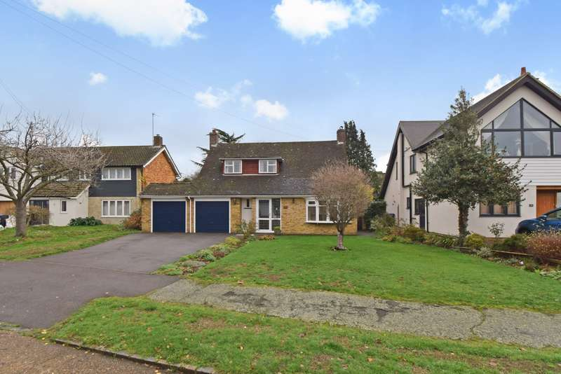 4 Bedrooms Detached House for sale in The Fairway, Burnham, SL1