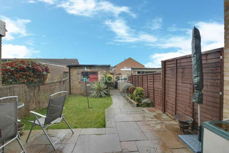 3 Bedrooms Terraced House for sale in Butley Road