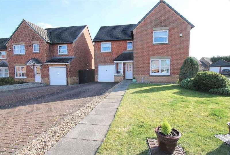 4 Bedrooms Detached House for sale in Badger Park, Broxburn