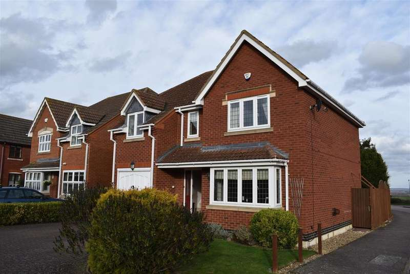 4 Bedrooms Detached House for sale in Ailwyns Acre, Cranfield, Bedford