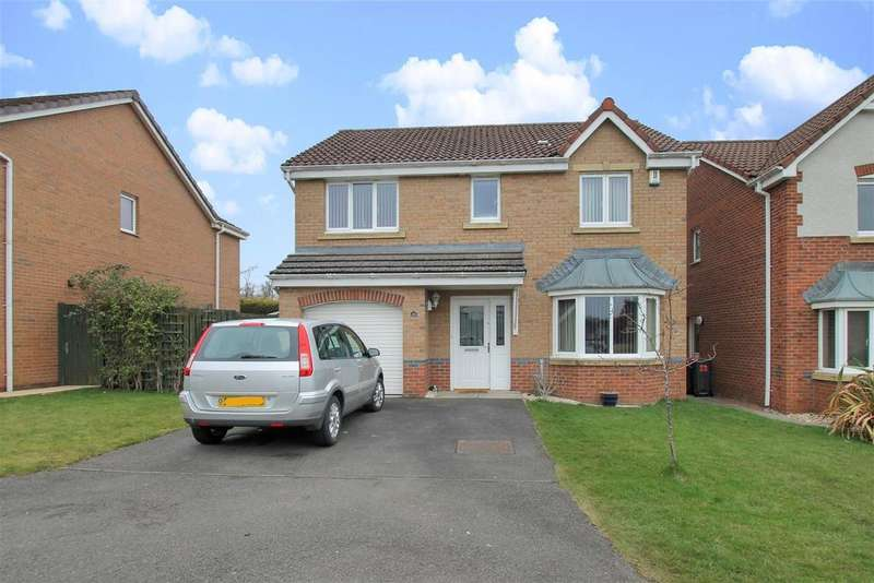 4 Bedrooms Detached House for sale in West Holmes Place, Broxburn
