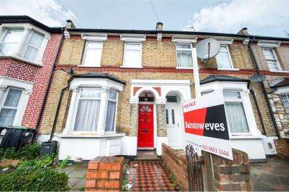 2 Bedrooms Terraced House for sale in Bulwer Road, Upper Edmonton, London, Bulwer Road