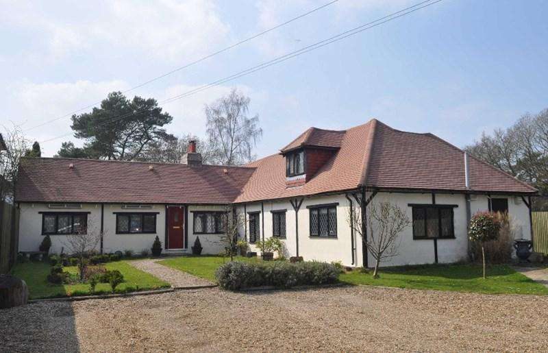 6 Bedrooms Equestrian Facility Character Property for sale in Newchapel, Lingfield, Surrey