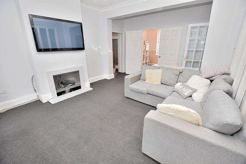 3 Bedrooms End Of Terrace House for sale in REALLY? FOUR reception rooms, HUGE rear garden, NO chain!