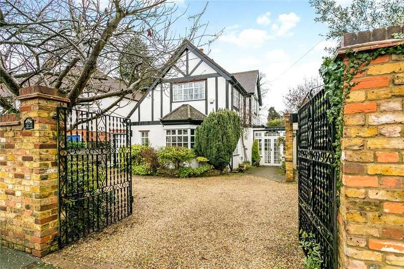 4 Bedrooms Detached House for sale in 37 Oxhey Road, Watford, Hertfordshire, WD19