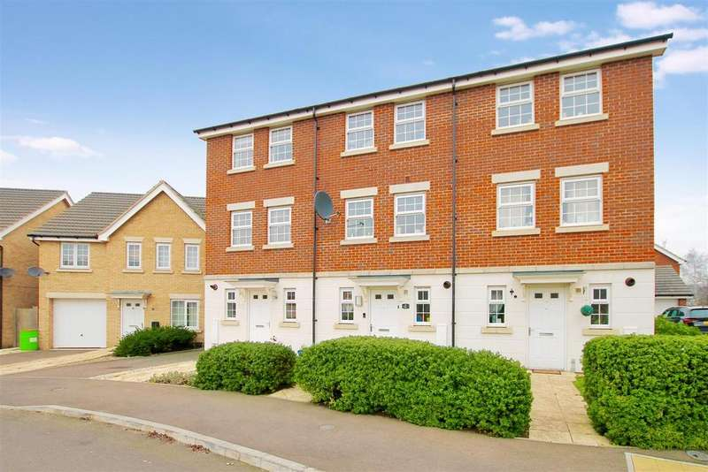 4 Bedrooms Terraced House for sale in Burrows Close, Grantham