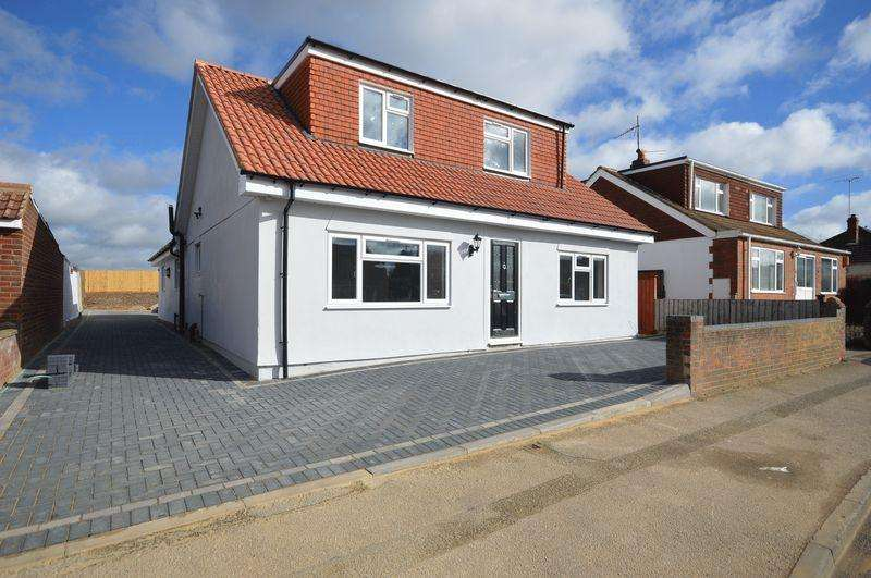 4 Bedrooms Detached Bungalow for sale in Warden Hill Road, Luton