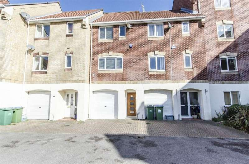 3 Bedrooms Town House for sale in Pacific Close, Ocean Village, Southampton, Hampshire