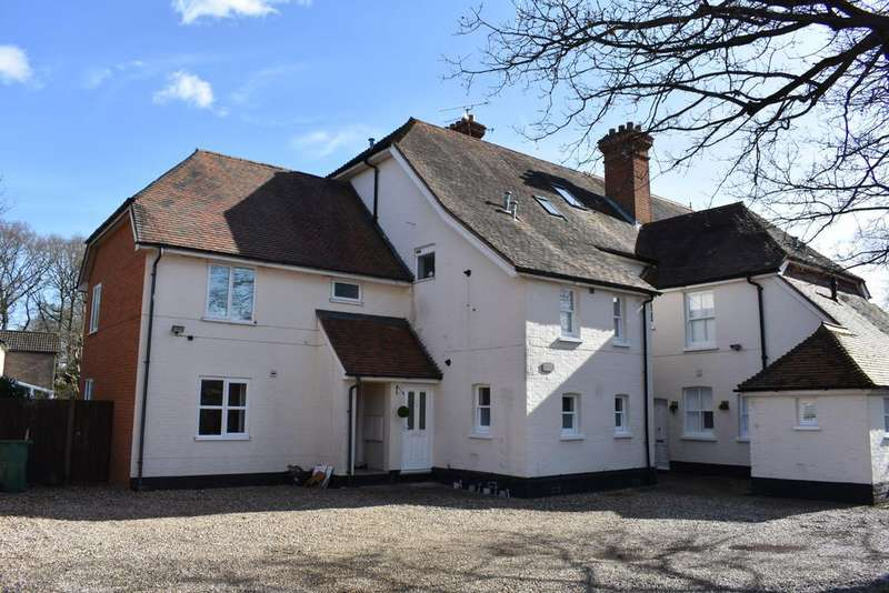 1 Bedroom Apartment Flat for sale in 75 KENNEL RIDE, ASCOT SL5
