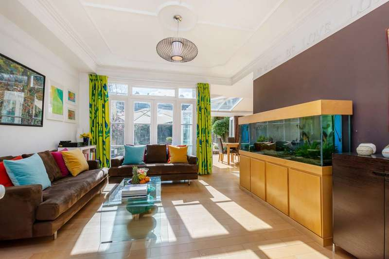 7 Bedrooms Terraced House for sale in Upper Tooting Park, Balham, SW17