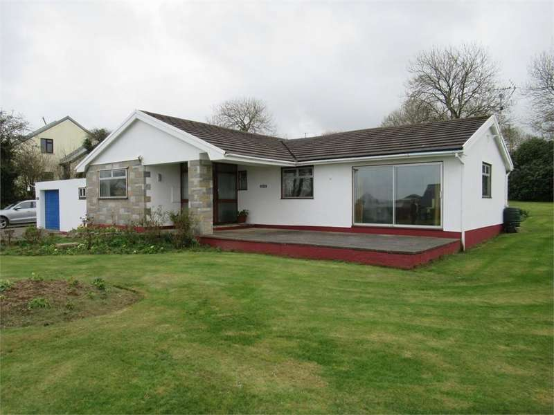 4 Bedrooms Detached Bungalow for sale in Argoed, Feidr Castell, Fishguard, Pembrokeshire