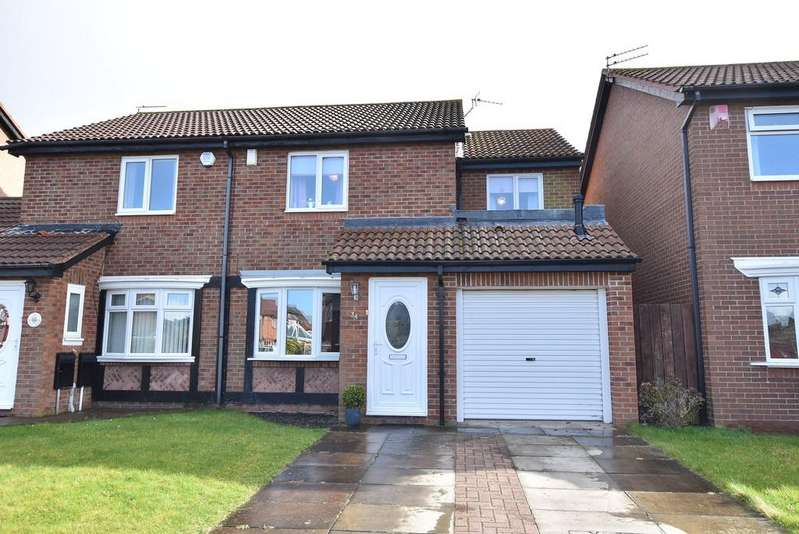 3 Bedrooms Semi Detached House for sale in Romsey Drive, Harden Park