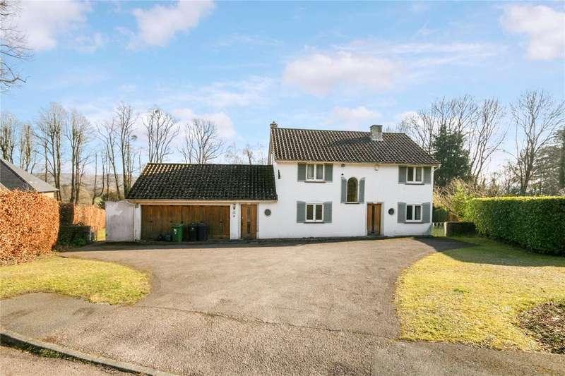 3 Bedrooms Detached House for sale in 12 Beechwood Drive, Marlow, Buckinghamshire, SL7