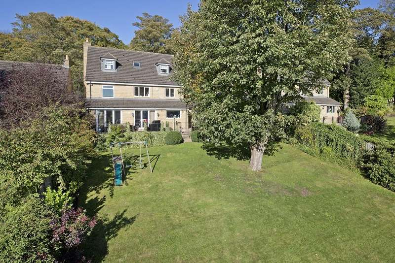 6 Bedrooms Detached House for sale in Hollin Head, Baildon