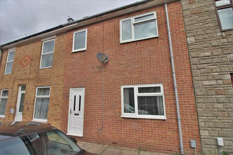 3 Bedrooms Terraced House for sale in Walker Road, Stamshaw