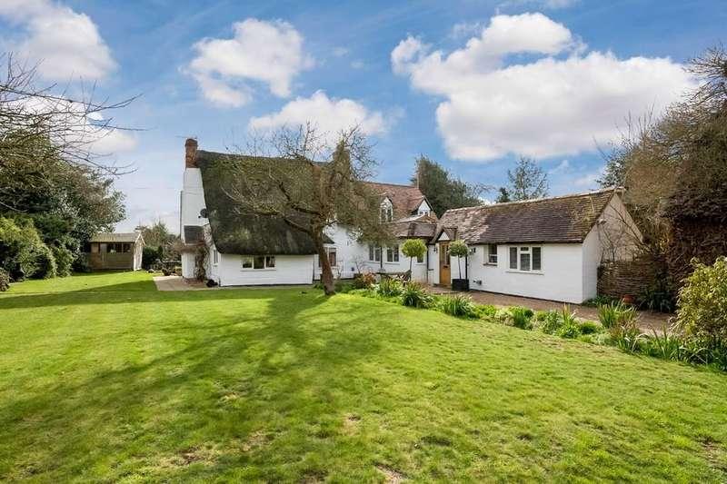4 Bedrooms Detached House for sale in Broom Lane, Dunnington, Alcester
